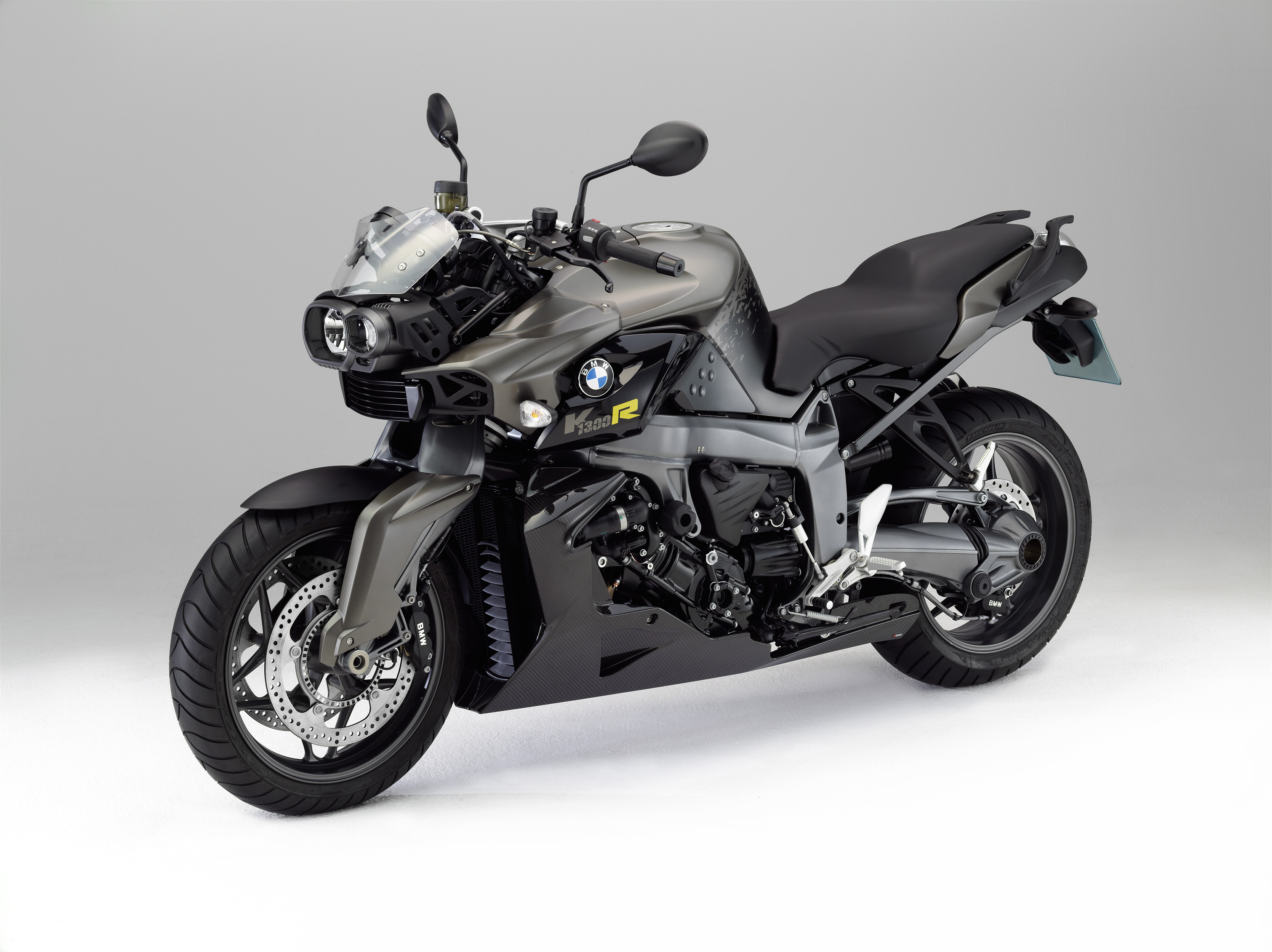 The New Bmw K1300r And Bmw K1300s Special Models 2012