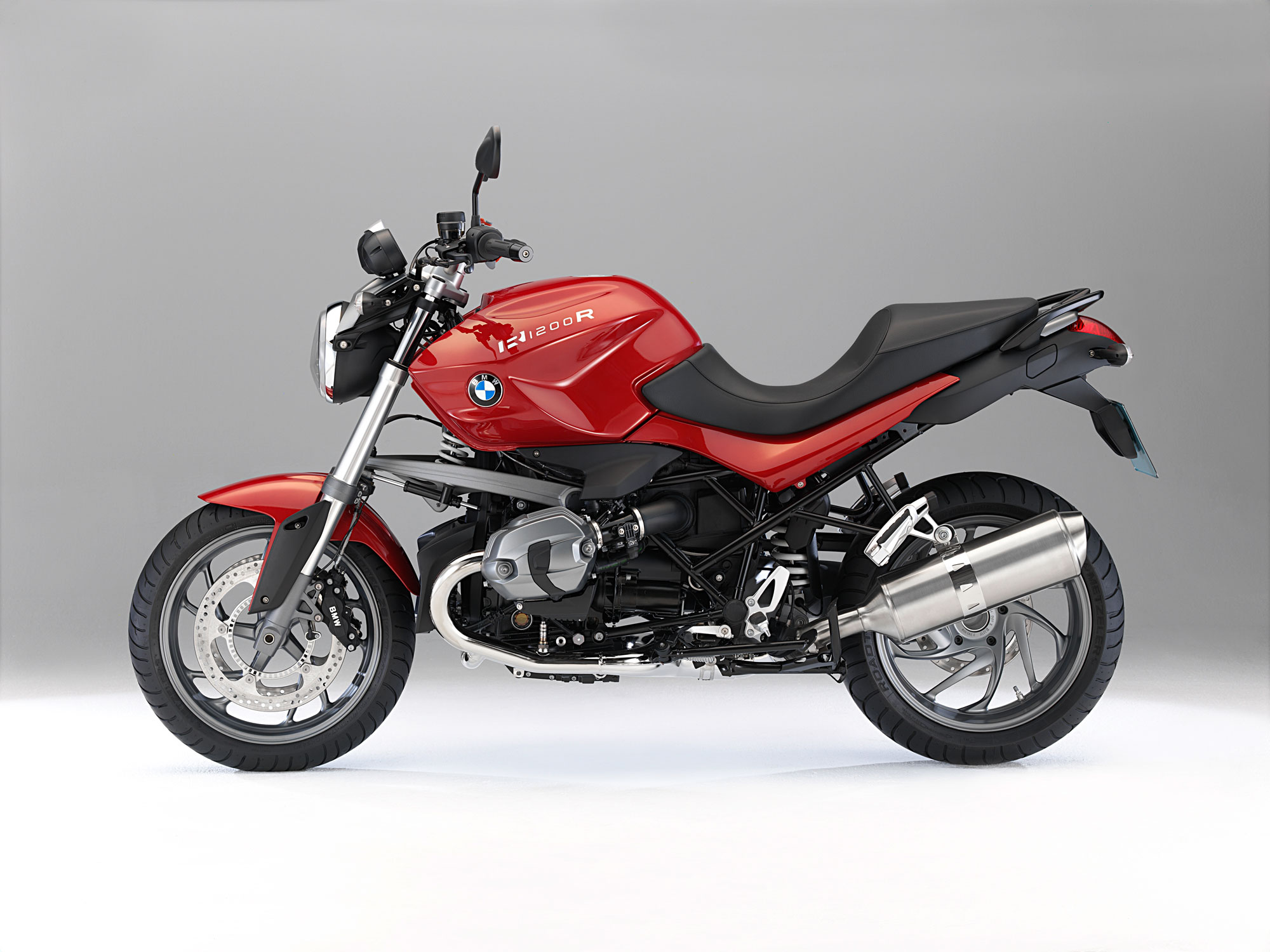 the new bmw r 1200 r the new bmw r 1200 r classic the. Black Bedroom Furniture Sets. Home Design Ideas