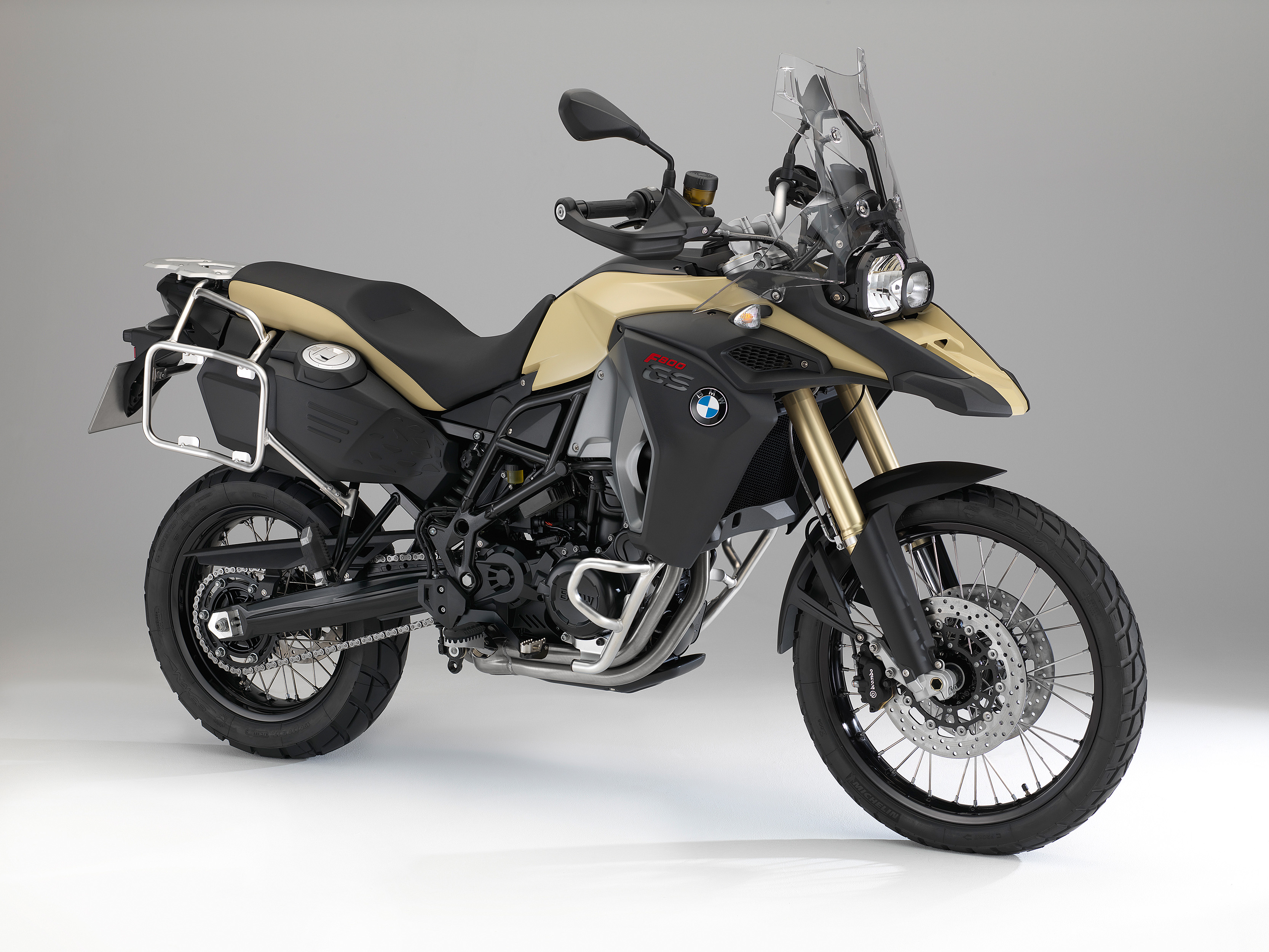 The New Bmw F800gs Adventure Little Brother Of Bmw R1200gs