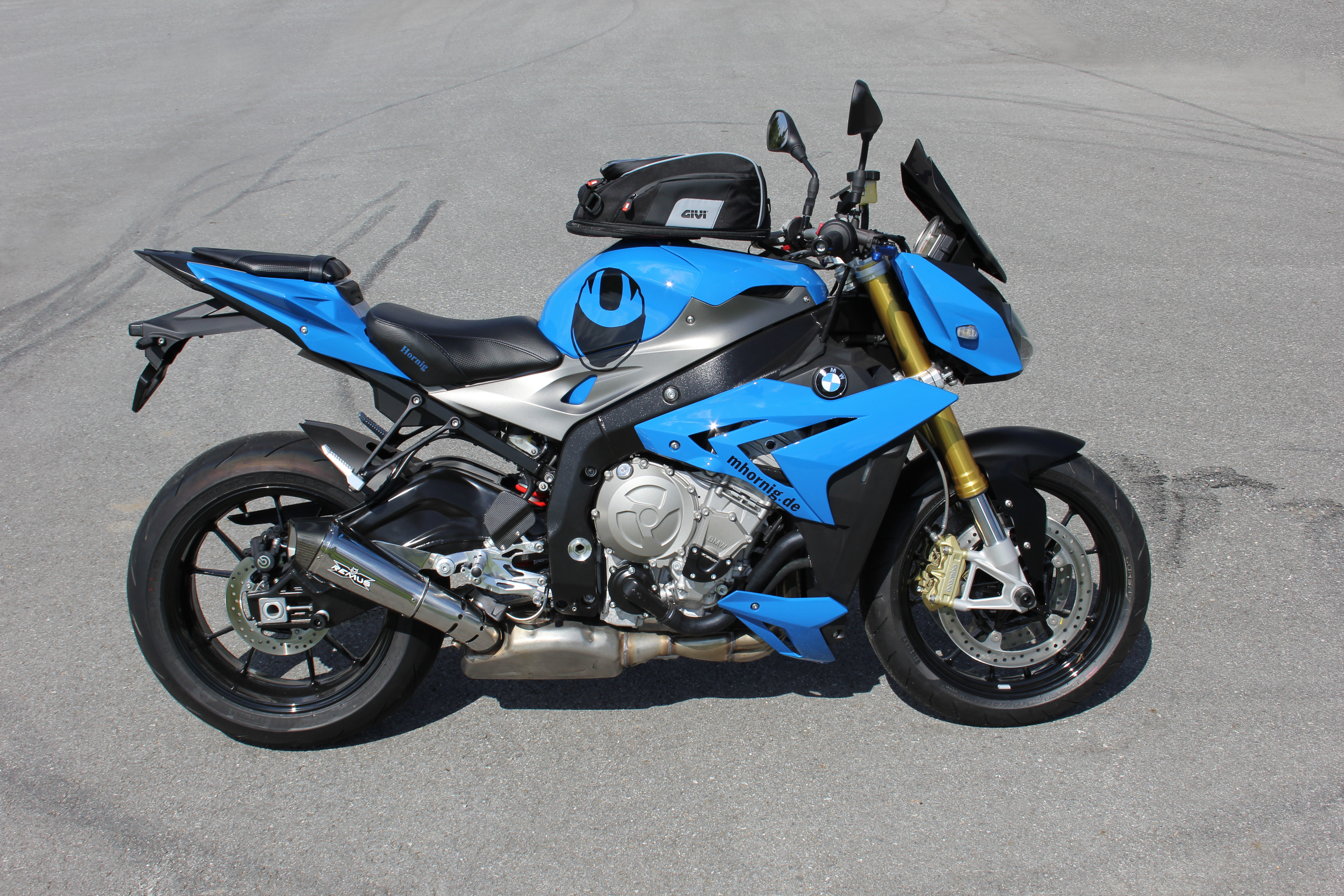 bmw s1000r conversionhornig more comfort and individuality