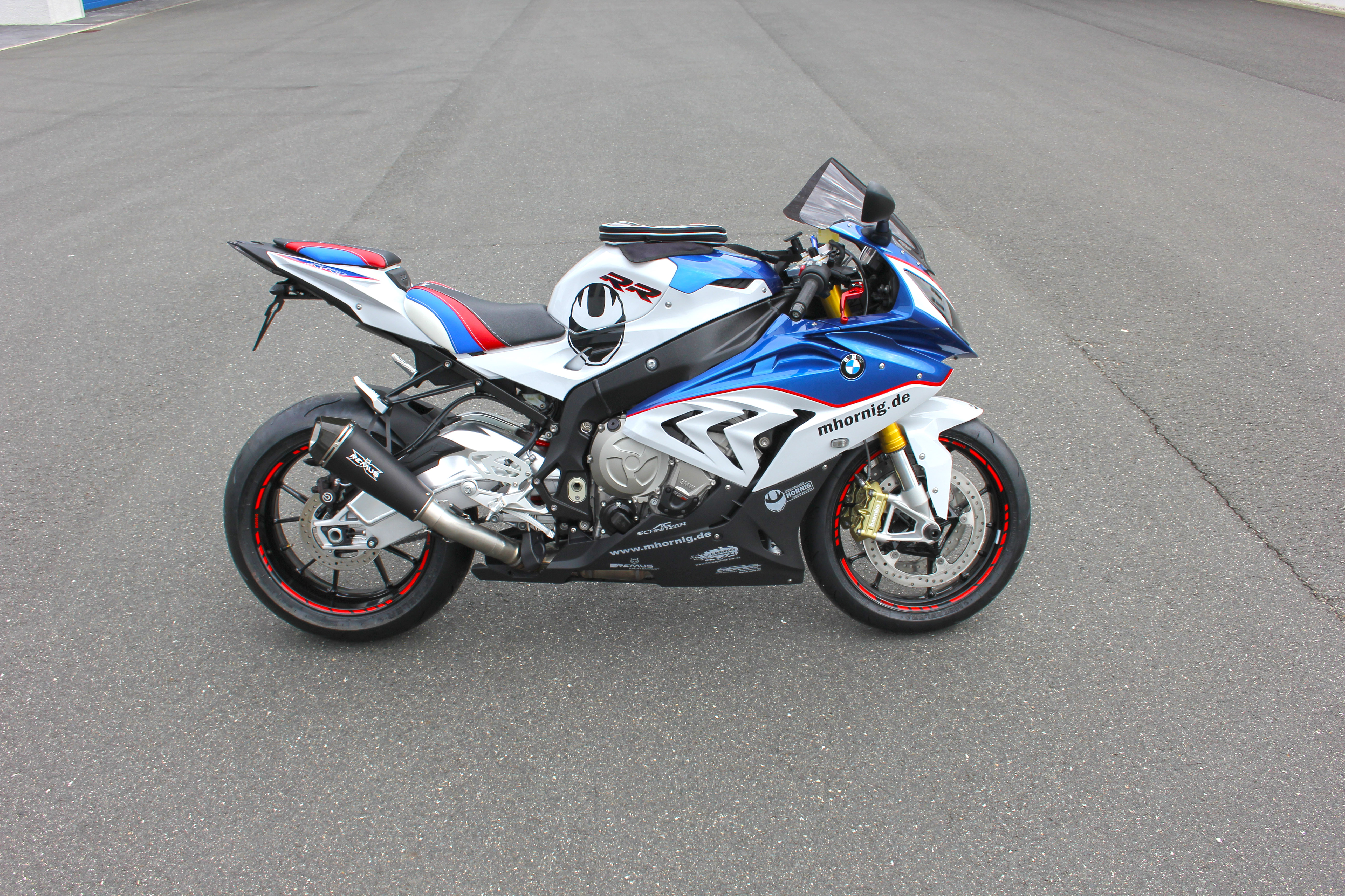 bmw s1000rr conversionhornig with more comfort and individuality